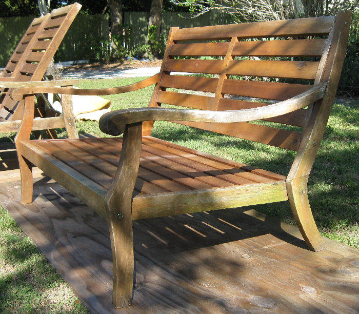 Handy Craftsman Paulus van Beek Teak wood Outdoor